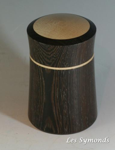 33 Trinket box in African wenge with sycamore details.