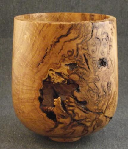 07 Weathered oak burr pot with voids